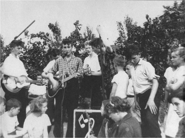 The Quarrymen at St. Peter's